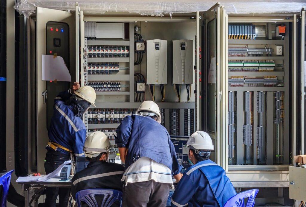 定期的な点検で電気の安全性を保ちましょう