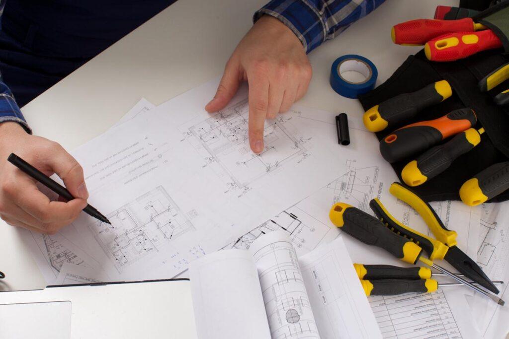 多くの現場で役立つ電気設計の仕事
